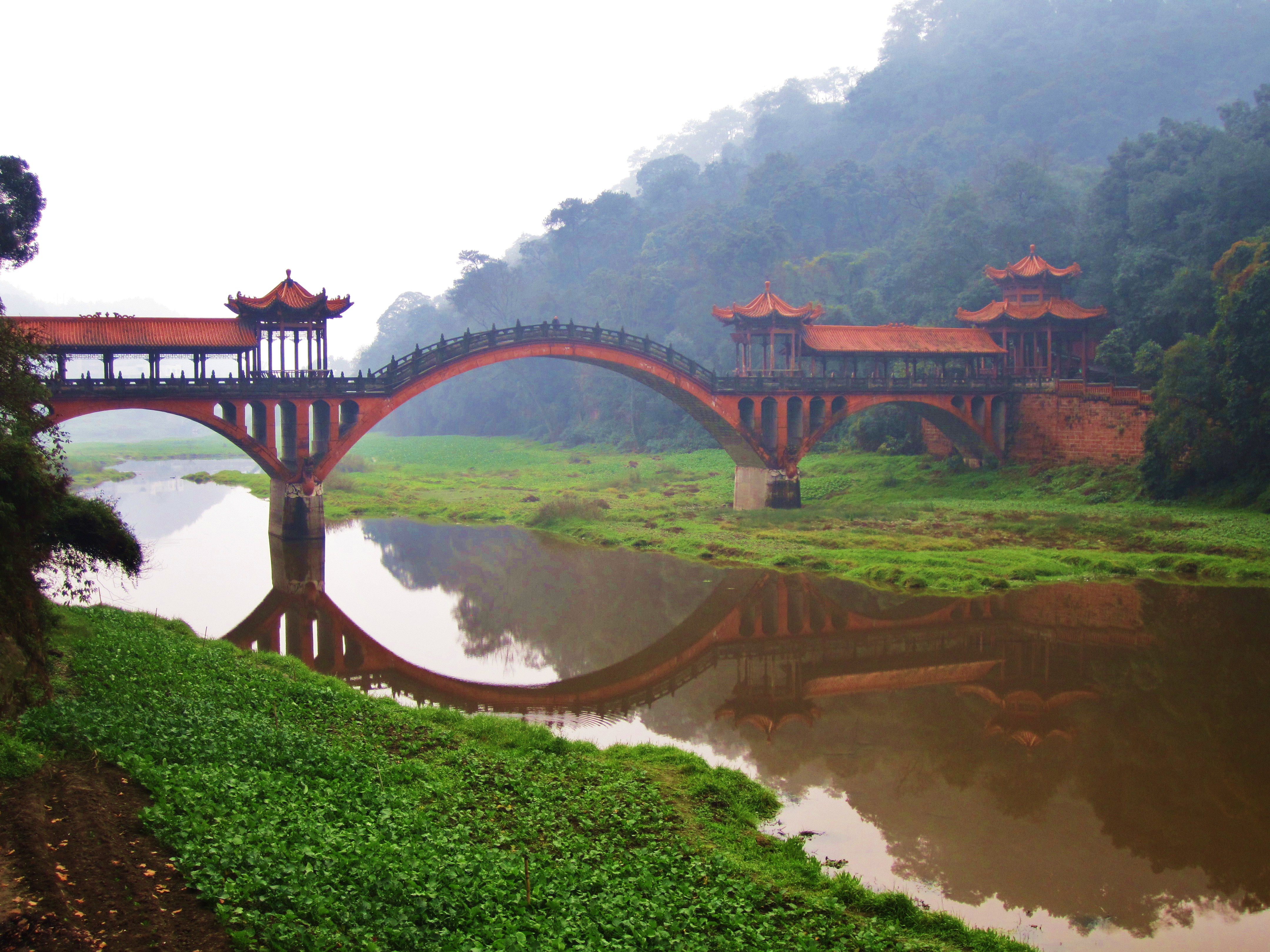 Runoff from Dadu and Min River, Leshan, Sichuan, China